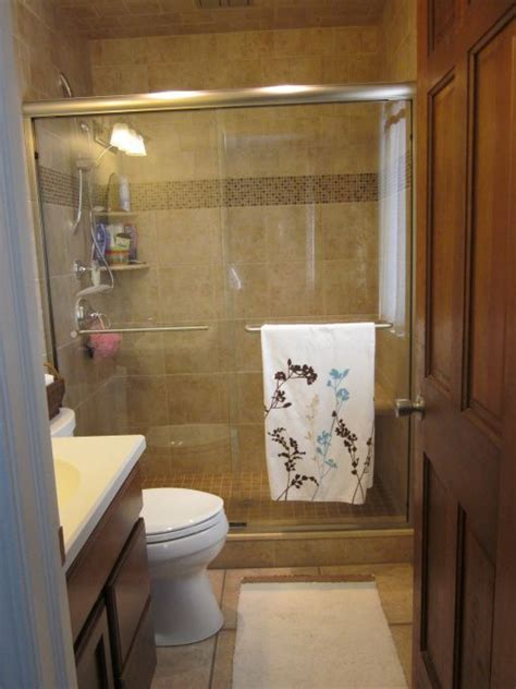 Hgtv Bathroom Remodel Ideas Small Bathroom Remodeling Ideas Hgtv Hgtv S Frontdoor Diynetwork Hgtv Products Hgtv