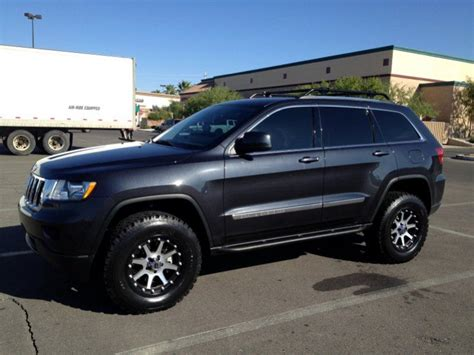 jeep grand cherokee wk2 lifted lifted wk2 help on finding wheels for lifted wk2
