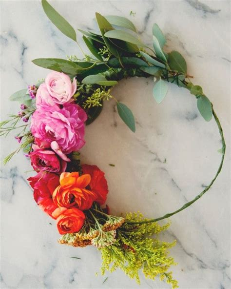 Garden Wedding Hairstyles For Guests by 261 Best Bridal Hair Flowers Images On