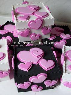 caja de regalo hecha de foami caja en foami