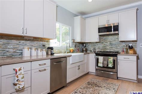 Pasadena Kitchens by 83 California Bungalow Kitchen Reviving A Classic