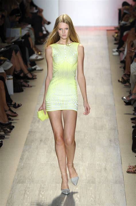 Designer Of The Year Herve Leger By Maz Azria by Herv 233 L 233 Ger By Max Azria Livingly