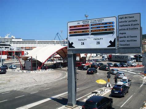 biglietteria porto di genova informazioni utili per chi deve viaggiare in traghetto