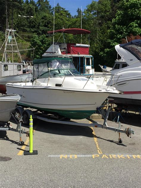 trophy boats in canada 2005 used bayliner trophy cruiser boat for sale 15 453