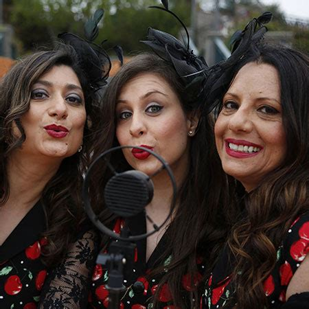swing time catania hire retro swing vocal trio vocal harmony singers