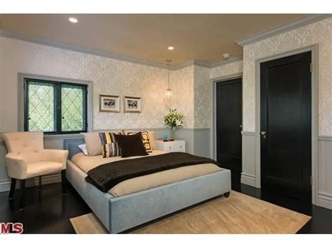 jeff lewis bedroom flipping out designer jeff lewis lists los feliz home