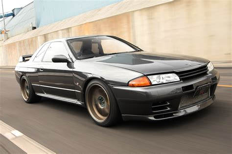 classic skyline collectible classic 1989 1994 nissan skyline gt r r32
