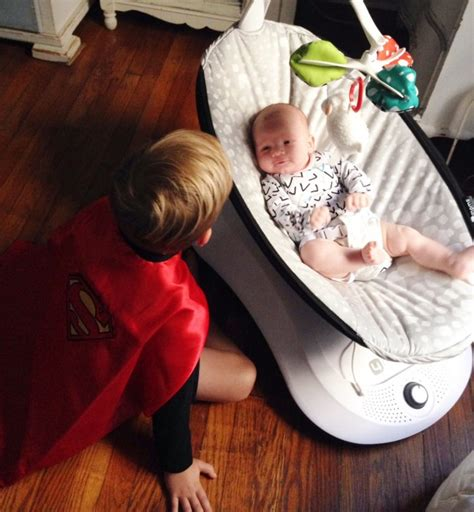 mamaroo vs swing mamaroo vs rockaroo reviews plus what s the difference