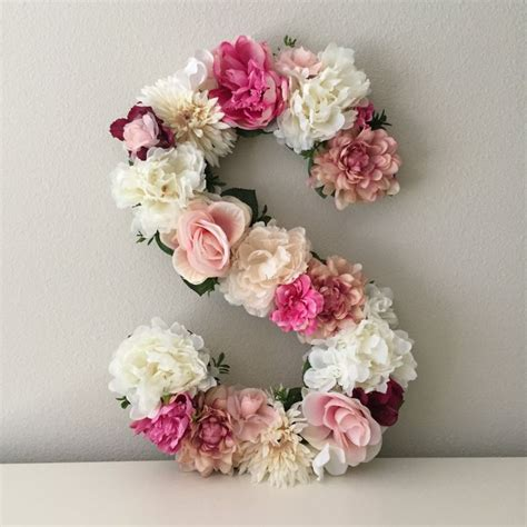 floral decoration best 20 bridal shower flowers ideas on flower