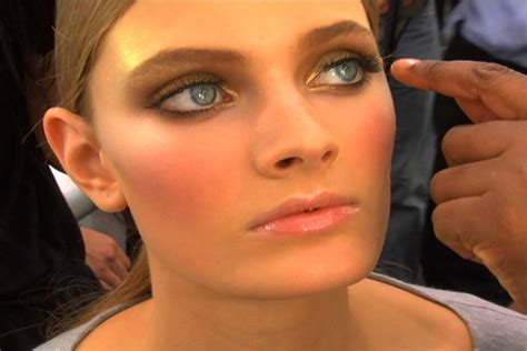allure backstage allure backstage versace spring 2009
