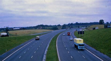 the motorpany file m6 motorway cheshire 1969 jpg wikimedia commons