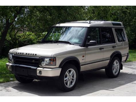 silver land rover discovery land rover discovery se land rover pinterest land