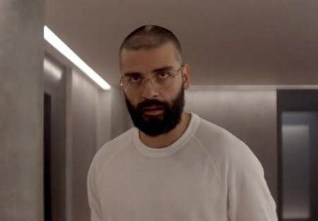 nathan ex machina oscar isaac on playing an eccentric tech genius in ex