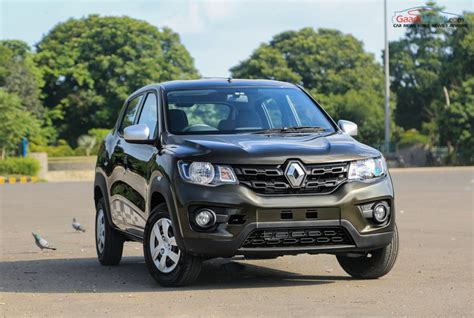 renault india renault expands kwid range launches 1 0l rxl variant at