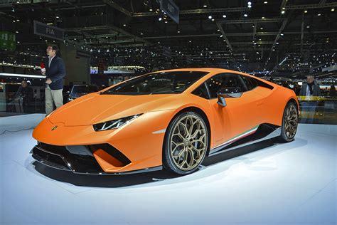 Lamborghini Made Of Carbon Fiber Inside The Lamborghini Lab That S Reinventing Carbon Fiber