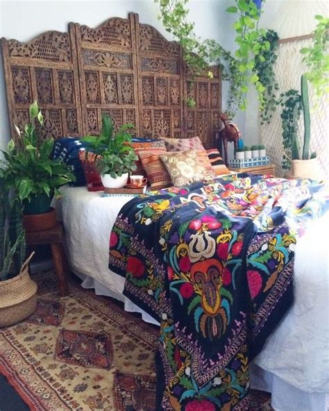 mexican embroidered bedding best 20 mexican bedroom decor ideas on pinterest