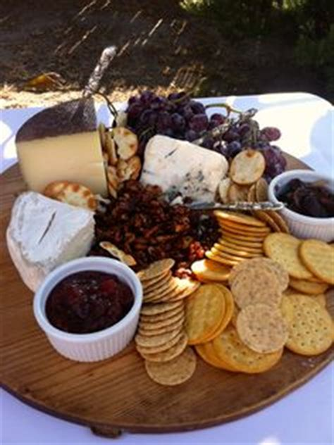 nibbles ideas rustic 3 cheese platter w figs 2 ways