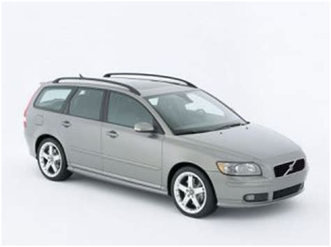 volvo station wagon 2005 2005 volvo s40 page 1 review the car connection