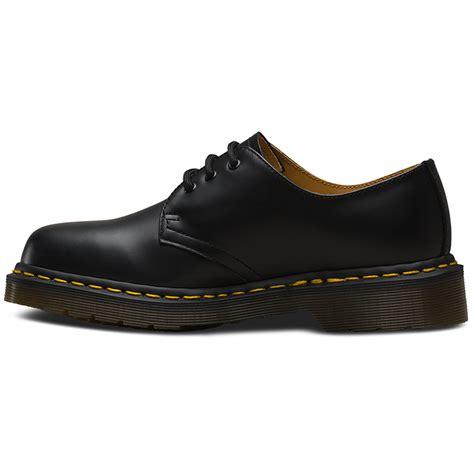 Dr Martens 1461 buy cheap dr martens 3 eye smooth 1461 boots zelenshoes