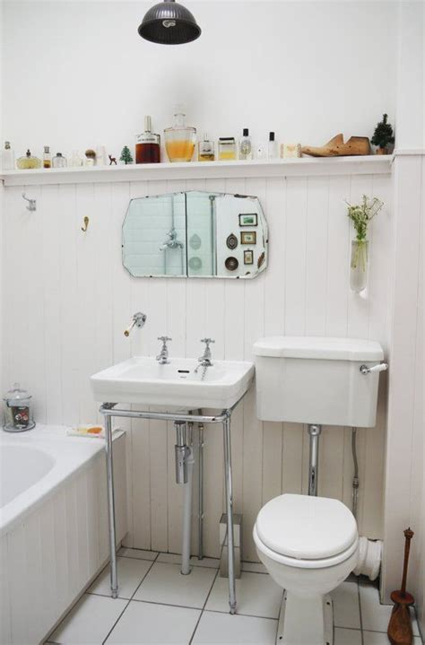 Tiny Bathroom Solutions | smart solutions for small bathrooms apartment therapy video roundup