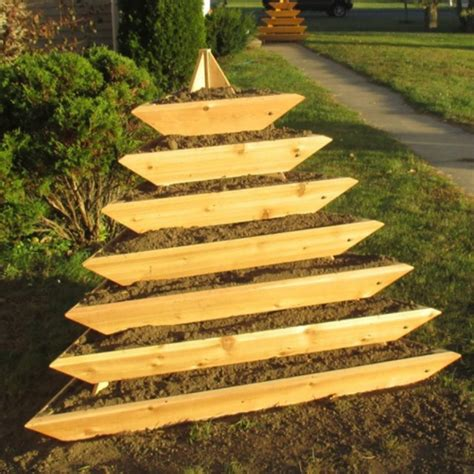 infinite cedar plant pyramid 7 level cedar planter