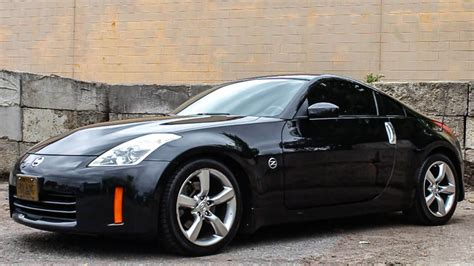 Beautiful Fairlady 2008 Nissan 350z Review
