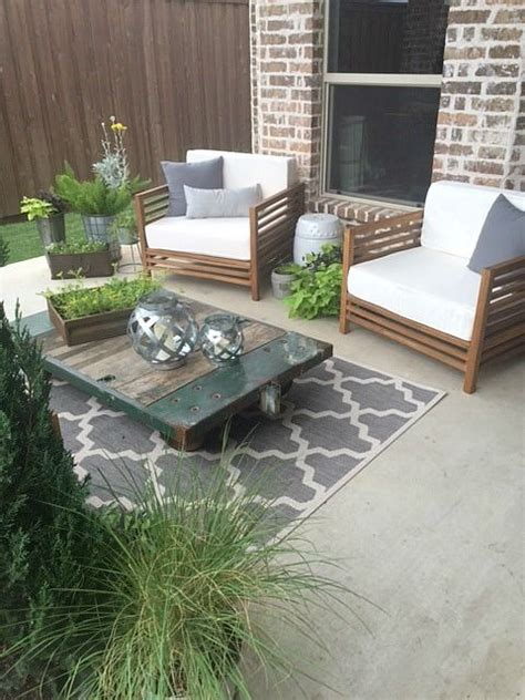 25 best ideas about outdoor patio rugs on