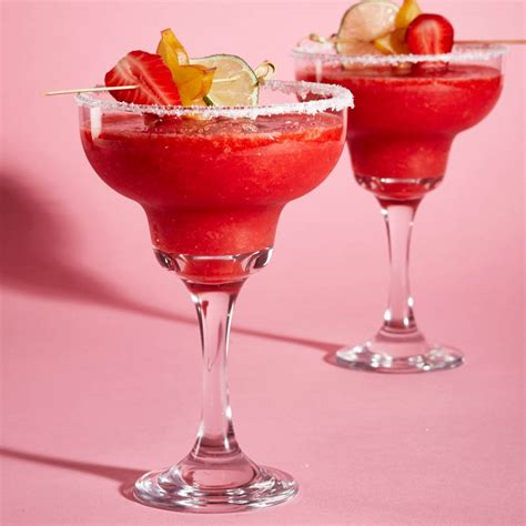 strawberry margarita frozen strawberry margarita recipe chatelaine
