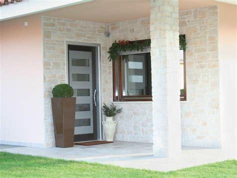 porta ingresso alluminio porta d ingresso in alluminio e vetro per esterno 56 id
