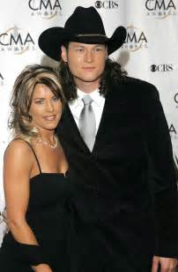 Wedding Photo Albums For Parents Where Is Kaynette Williams Now Blake Shelton S First Wife Cited Divorce On Inappropriate