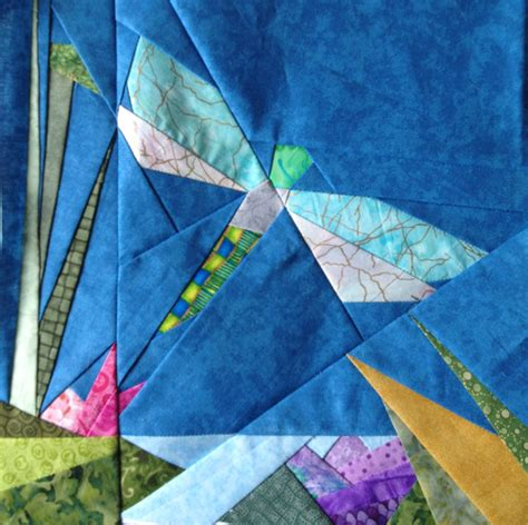 pinterest dragonfly pattern dragonfly in pond free paper piecing quilt block pattern