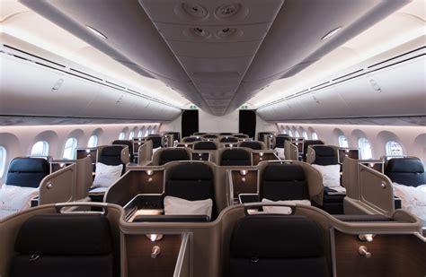 dreamliner cabin qantas unveils its boeing 787 dreamliner