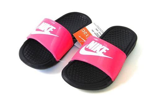 Nike Sandals Comfort Slide 2 7 Best Images About Pink Nike Slides On Pinterest Air