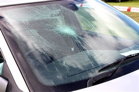 broken glass repair how to handle a crack in your windshield