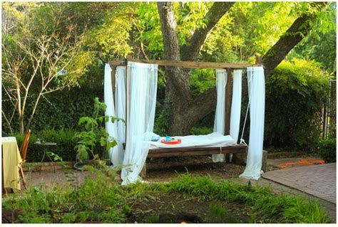 how to make an outdoor bed swing how to build an outdoor swinging bed step by step