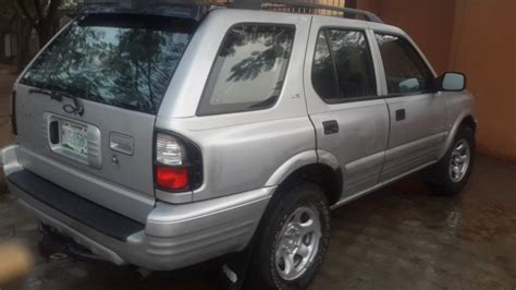 rugged suv with gas mileage neat isuzu rodeo 2001 rugged suv for sale 680k in condition autos nigeria
