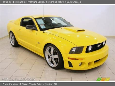 2005 ford mustang yellow screaming yellow 2005 ford mustang gt premium coupe