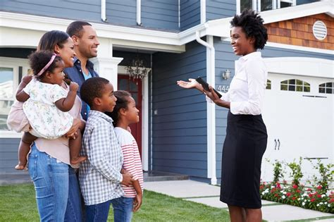 finding a real estate agent to buy a house first time home buyers guide selecting a real estate