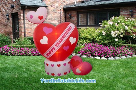 yard inflatables best s day yard inflatables for 2016 yard