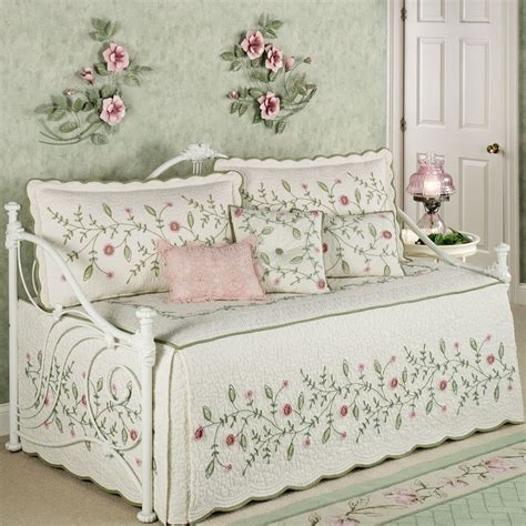 comforter sets walmart canada vintage rose floral ruffled daybed bedding set picture
