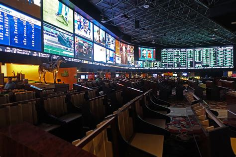 top ten bars in las vegas 10 best race and sports books in las vegas top10vegas com