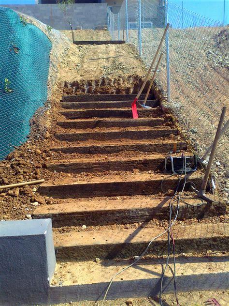 traviesas de tren foto escalera de traviesas de tren de albanatura s l