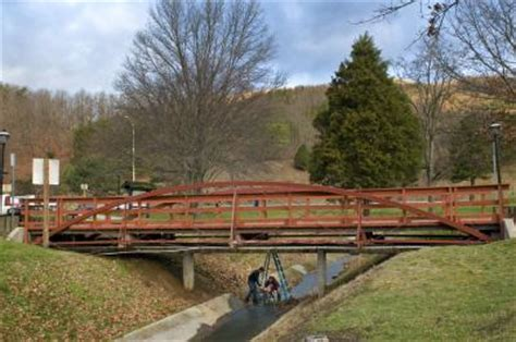 modern tests demonstrate soundness of old iron bridge