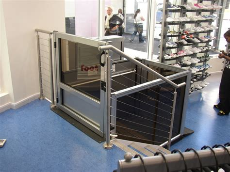 Wheel Chair Lifts by Unenclosed Vertical Platform Wheelchair Lifts Handi Lift