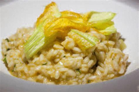 risotto gamberi e fiori di zucca ricetta risotto con gamberi e fiori di zucca