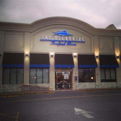 oceanaire seafood room nj the oceanaire hackensack opening dec 9th shops at riverside