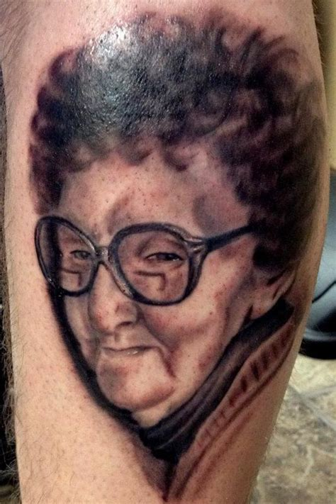 black and grey portrait tattoo dvd black and grey portrait tattoo by ricky borchert tattoonow