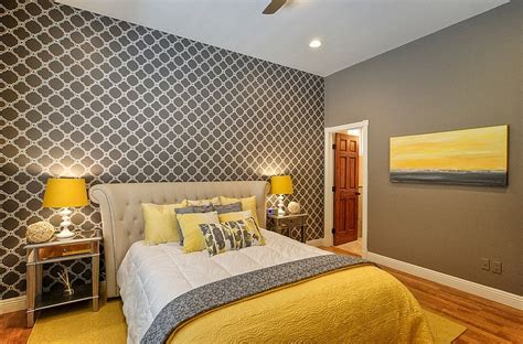 Cheerful Sophistication 25 Elegant Gray And Yellow Bedrooms Yellow Bedrooms Images