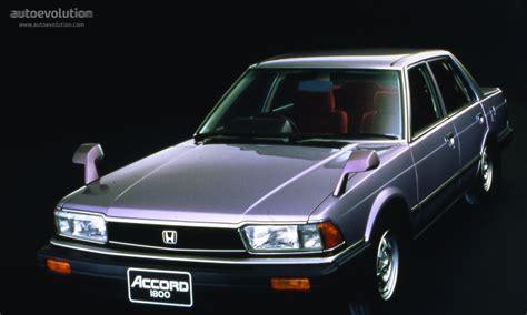 how do cars engines work 1985 honda accord security system honda accord 4 doors specs photos 1981 1982 1983 1984 1985 autoevolution