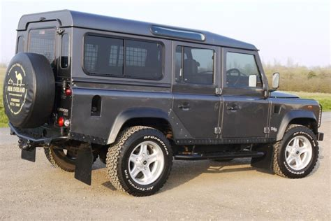 land rover defender 110 station wagon 4 point bolt in roll